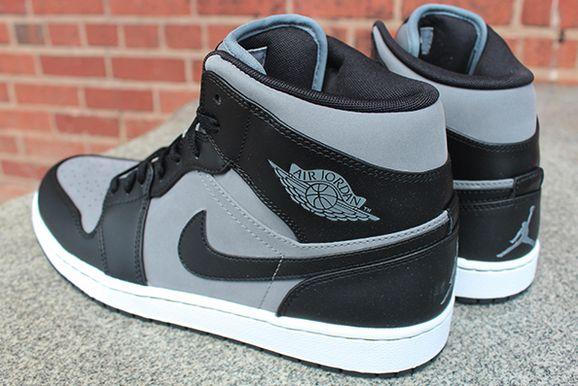 competitive price bc9c4 d45ab Air Jordan 1 Phat- Cool Grey / Black | Fresh Out Da Box